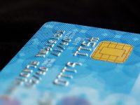 Como remover sujeira de cartões de crédito? 4